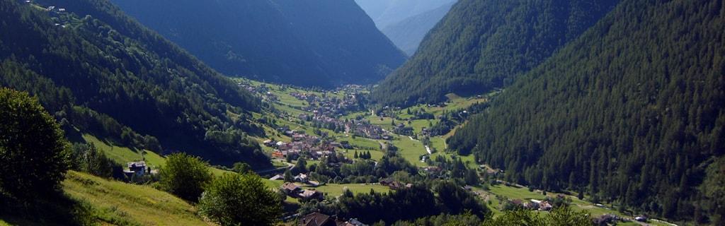 le-valli-a-5-minuti-dal-residence-bonetei-1024x320-estate