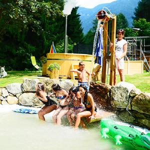 piscina-residence-bonetei-5